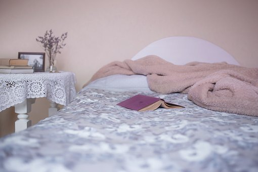 bed-1846251__340