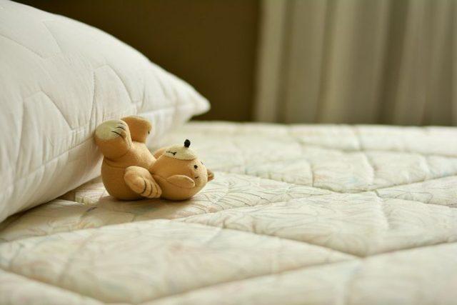mattress-2489615__480