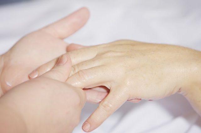 hand-massage-2133272__480