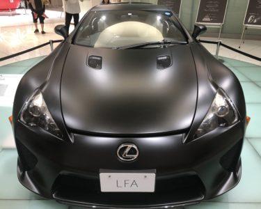 ミッドランドスクエア レクサス店のLFAスポーツカー
