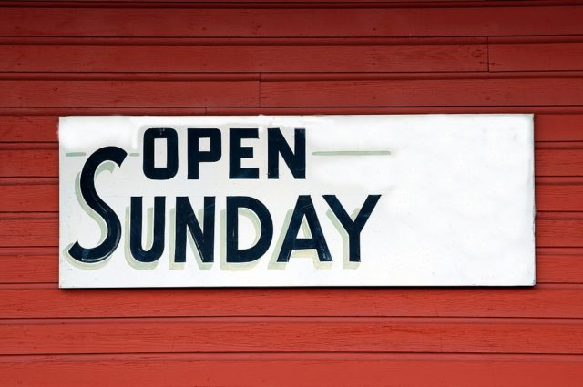open-sunday-sign-1698635_960_720