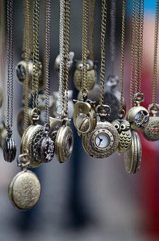 pocket-watches-436567__340
