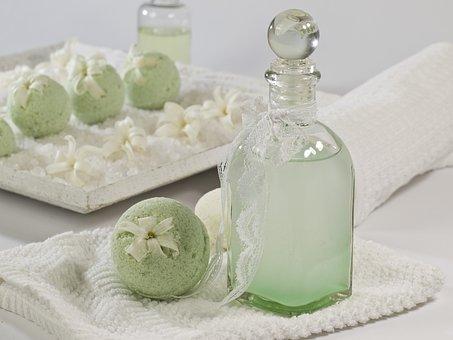 bath-balls-1617472__340