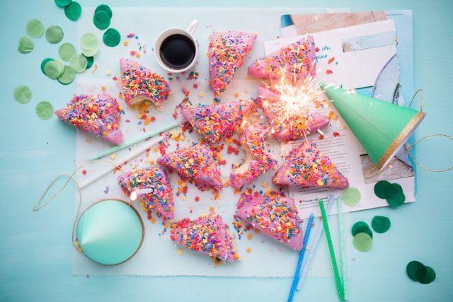 cakes-2600951__480